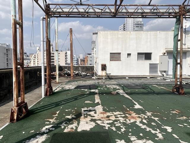 rooftop_101.jpg